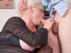Luscious fat blonde calls a service guy and rides his thick dripping cock silly