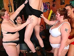 The fatties get naked and get down in front of their men to give blowjobs as the orgy starts