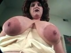Ugly over weight mom plays w dildo
