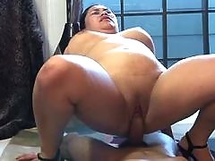 Horny asian BBW gets cum in mouth