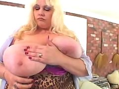 Fat lady gets cum on massive melons